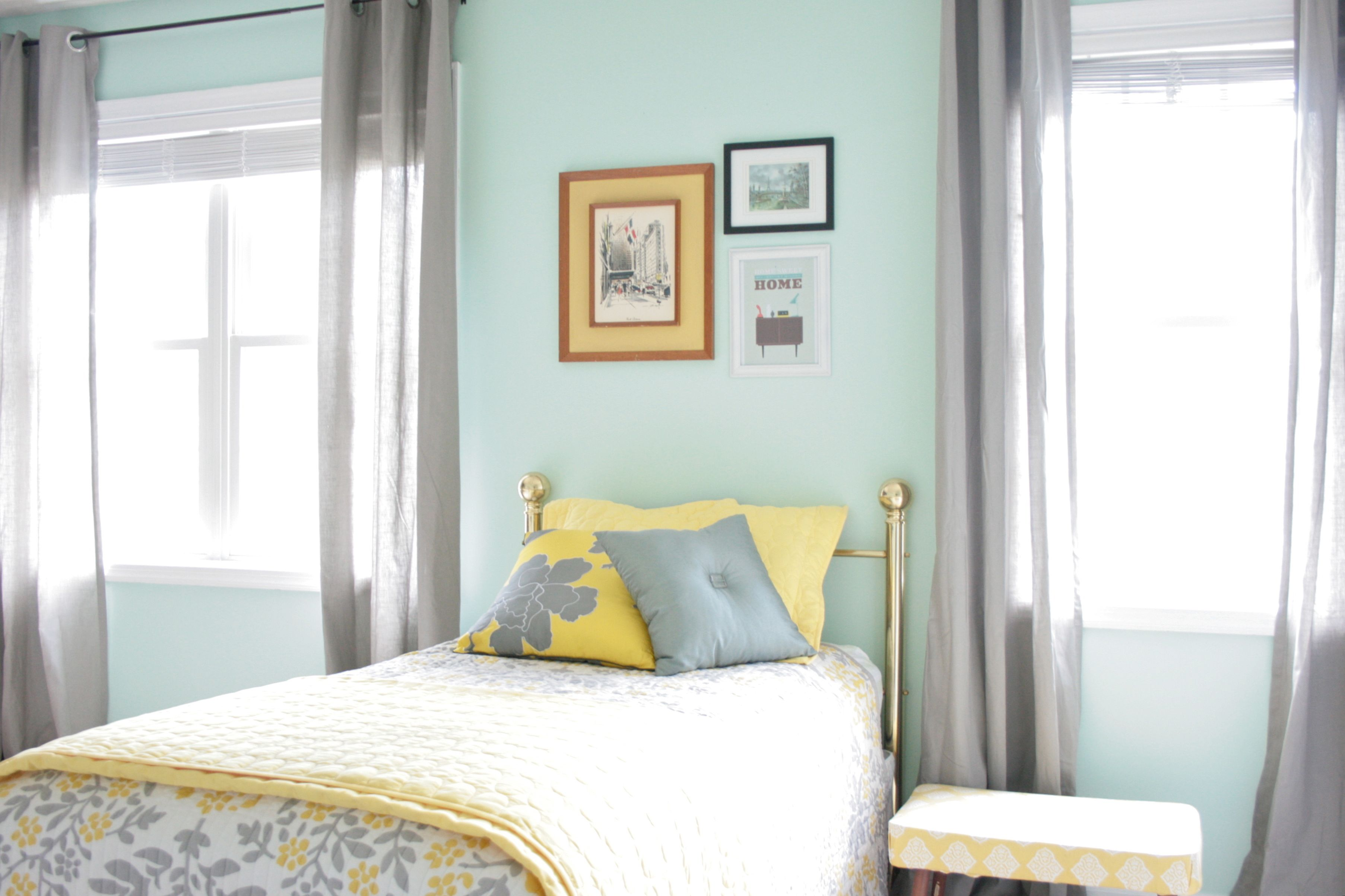 What Color Curtains Go With Yellow Walls Bedroom Colours