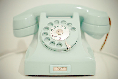 Mint-Vintage-Telephone-Perfect-For-The-Lolita-Home