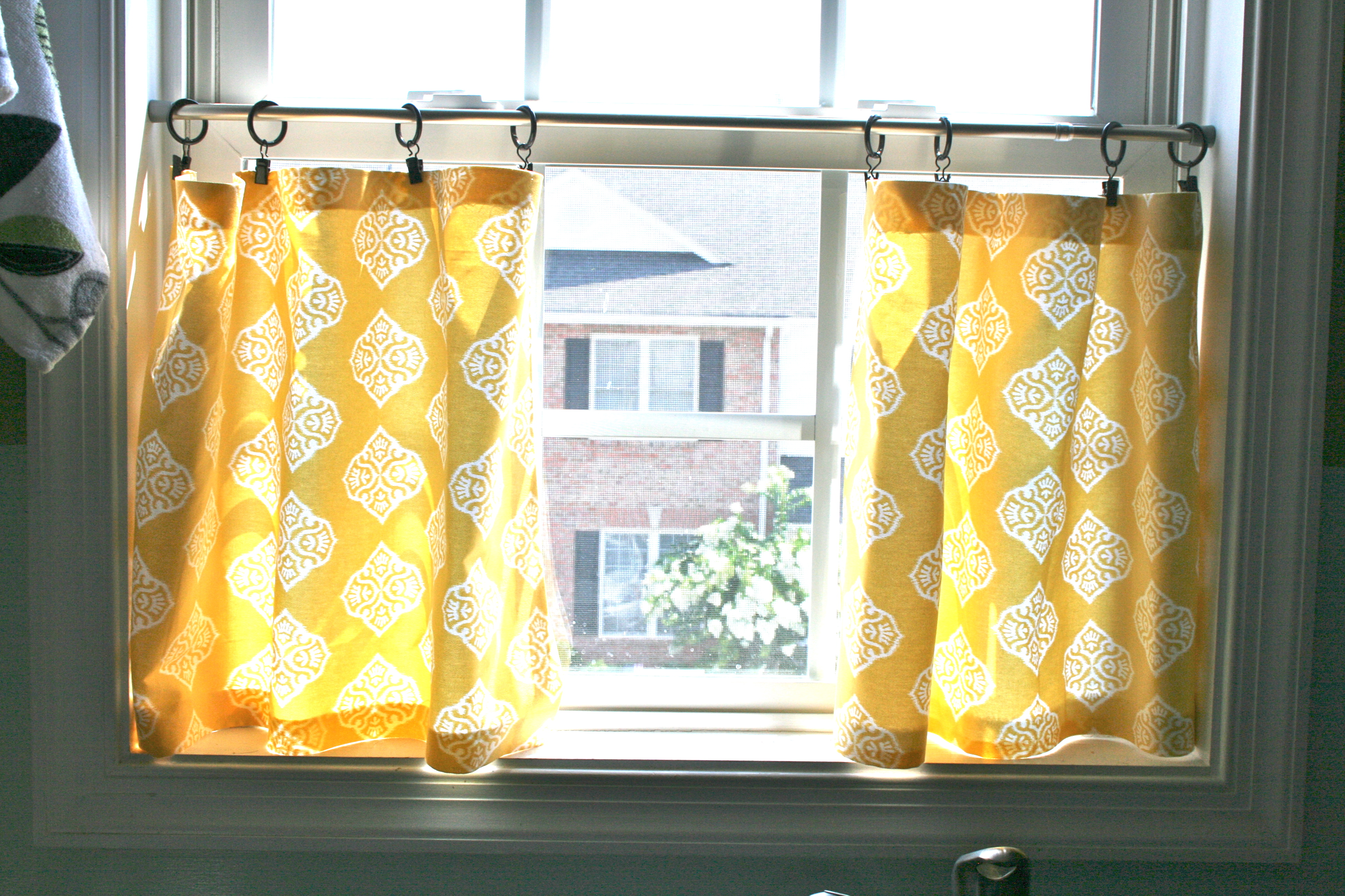 Finest Pinspiration Monday: No sew cafe curtains - Dream Green DIY FD45