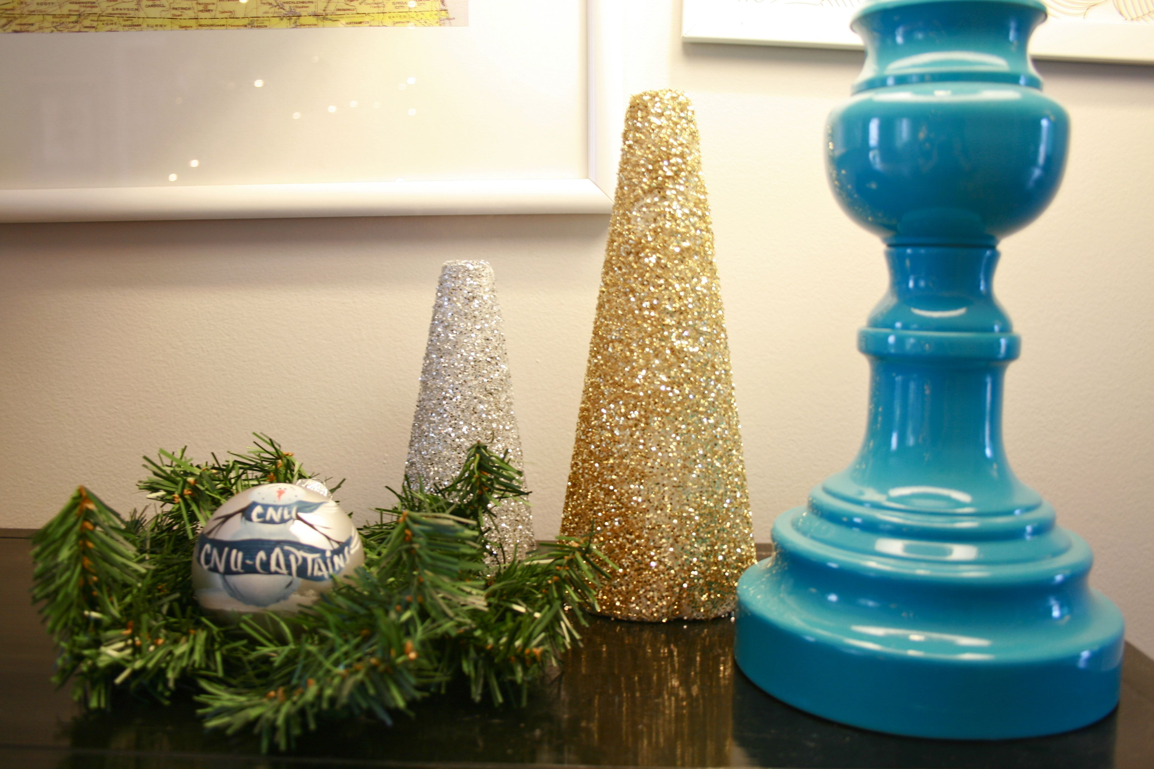 img 7351 glitter christmas trees {a tutorial}