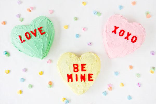 Conversation-Heart-Cakes1