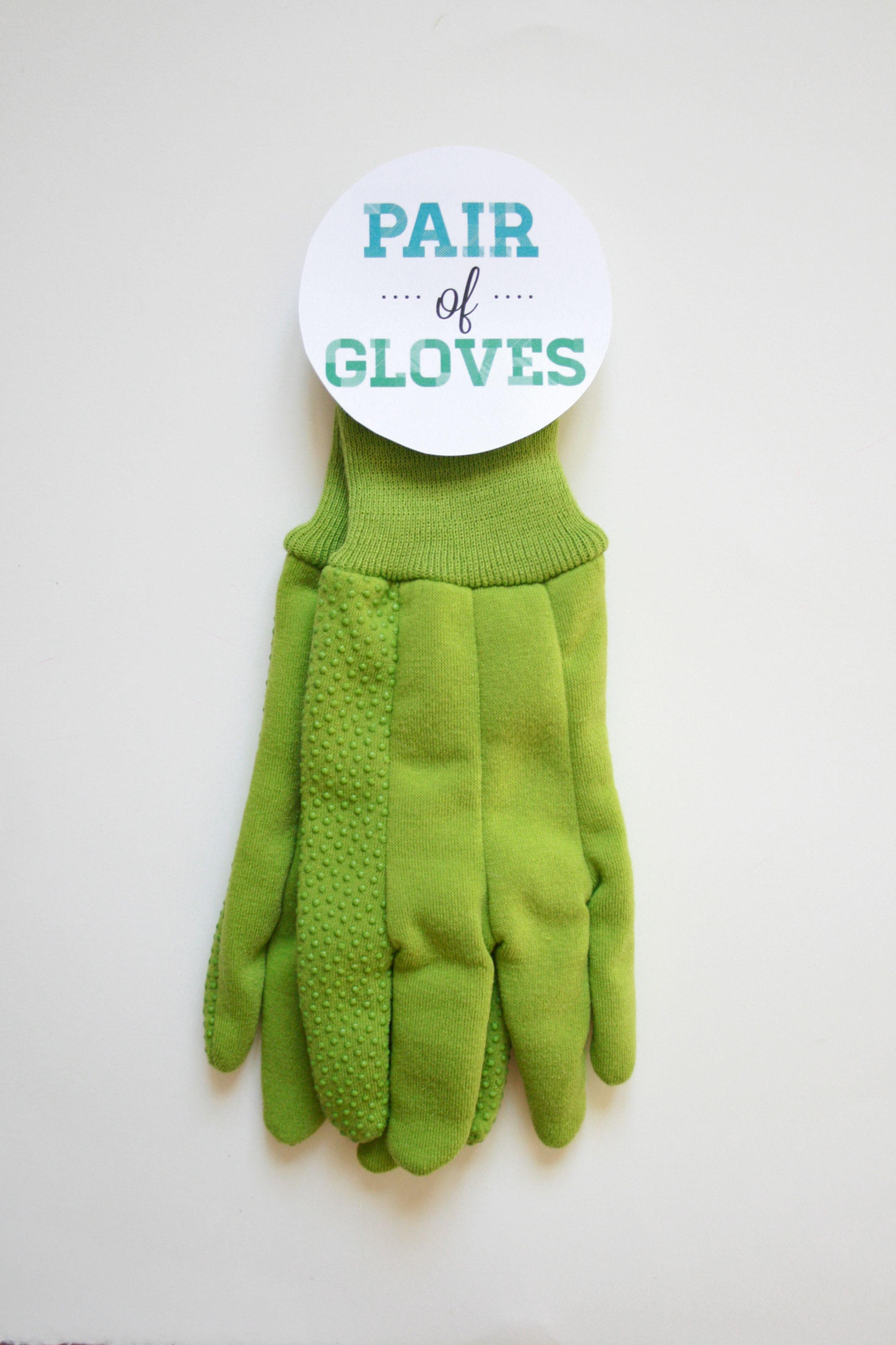 "DIY ""Perfect Pairs"" Bridal Shower Gift   Dream Green DIY"